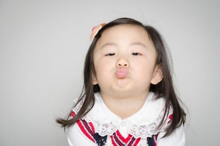 Kasey_kiss.jpg