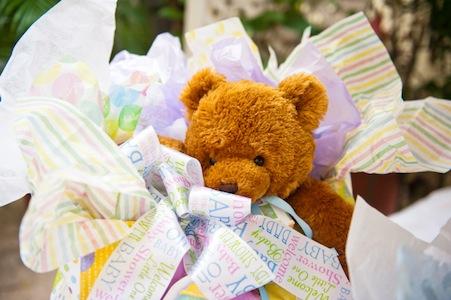 baby_shower_gift.jpg