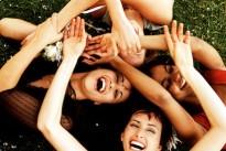 female_friends.jpg