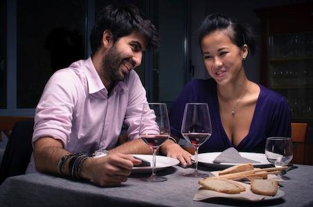 guy_girl_dinner.jpg