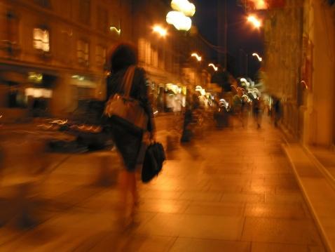 Phylisa street at night
