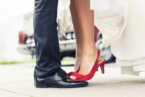 Modern feminist wedding